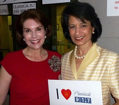 Lisa Trapani Shumate and Renu Khator