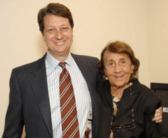 WNET President Neal Shapiro with Sylvia Poyta at a Legacy Society Lunch at the New York City station in 2007. (Photo: Joe Sinnott/WNET)