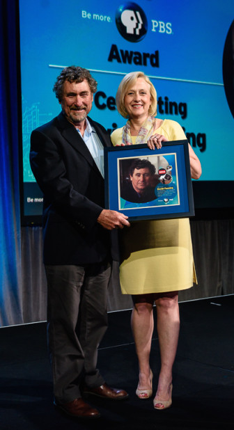 PBS President Paula Kerger, right, presents Frontline producer David Fanning with the PBS Be More Award. (Photo: John Pesina, PBS)