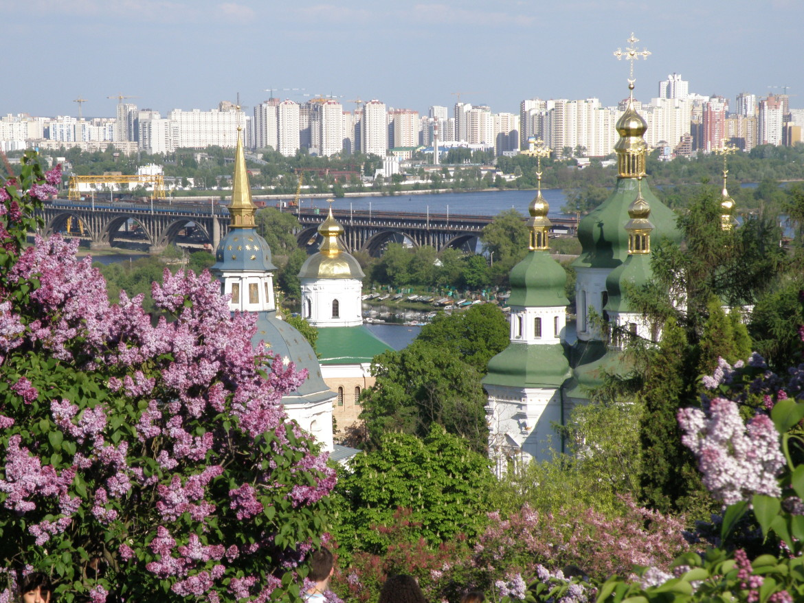 The city of Kiev, Ukraine, with the historic Vydubychi Monastery in the foreground. (Photo: Levchuk Volodymyr, Creative Commons)