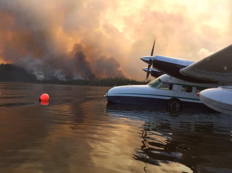 Healy Lake fire plane