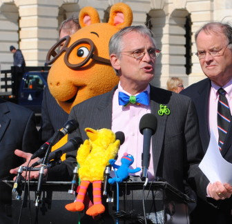 Blumenauer advocates for public broadcasting during a 2011 press conference on Capitol Hill. (Photo: Current)
