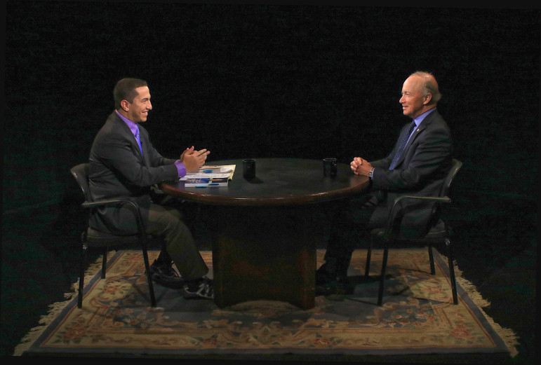 Heffner interviews former Indiana Gov. Mitch Daniels, now president of Purdue University. (Photo: Vincent Verdi)