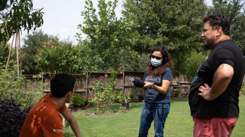 KERA reporter Stella M. Chávez interviews prospective Texan voter Izcan Ordaz.